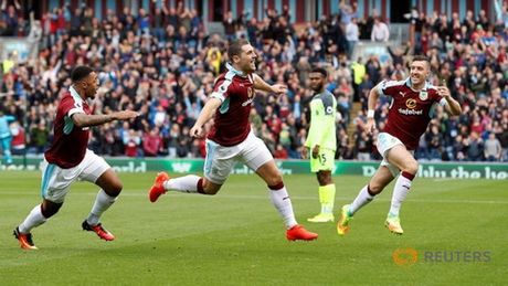 "Burnley vs Arsenal (22h30 ngay 2/10): Khi ""phao thu"" thang hoa - Anh 2"