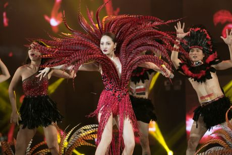 Ho Ngoc Ha quyen ru, chinh phuc hit 'Say tinh' cua Mr. Dam - Anh 19