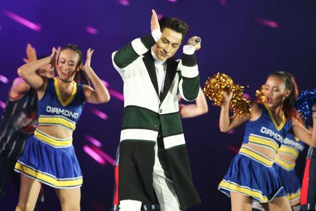 Ho Ngoc Ha quyen ru, chinh phuc hit 'Say tinh' cua Mr. Dam - Anh 20