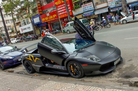 Sieu xe Lamborghini cu cua Minh Nhua ra bien so moi - Anh 5