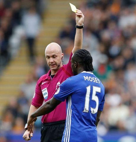 DIEM NHAN Hull City 0-2 Chelsea: Vu khi bi mat cua Conte va niem tin Victor Moses - Anh 3