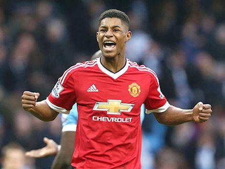 Man United 1-1 Stoke City: Anthony Martial ghi ban, 'Quy do' van bi cam chan tren san nha - Anh 12