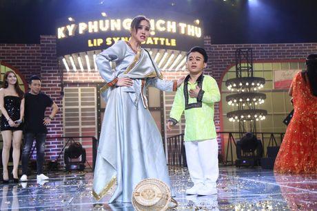 "Tran Thanh van goi Vy Oanh la ""nguoi diu dang nhat"" sau scandal ""vach mat"" Hari Won - Anh 8"