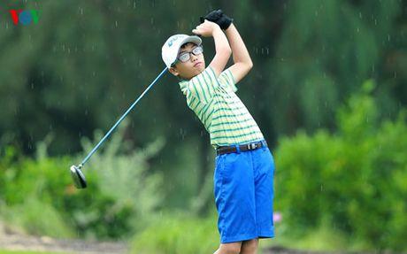 'Than dong' golf Viet Nam len ngoi tai FLC Championship o tuoi 12 - Anh 1