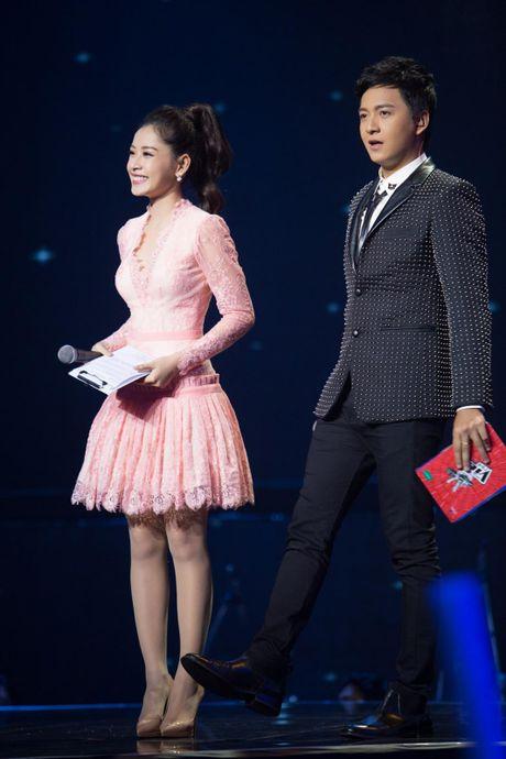 Kho hieu gu thoi trang cua Chi Pu o chuong trinh The Voice Kids - Anh 11