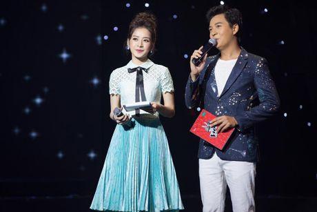 Kho hieu gu thoi trang cua Chi Pu o chuong trinh The Voice Kids - Anh 4