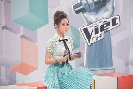 Kho hieu gu thoi trang cua Chi Pu o chuong trinh The Voice Kids - Anh 5
