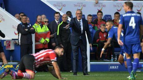 Leicester may man khong thua tren san nha - Anh 1