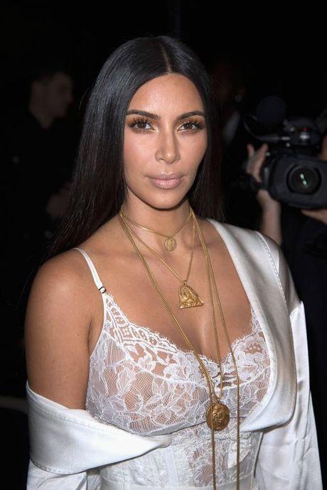 Kim Kardashian bi canh sat gia cuop nu trang 10 trieu USD - Anh 2