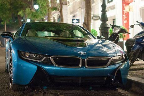 Sieu xe BMW i8 hon 7 ty 'nat bet', dap chieu tai VN - Anh 3