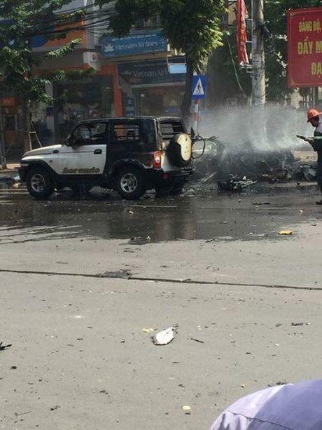 Quang Ninh: Chay no o to khien 2 nguoi tu vong - Anh 2