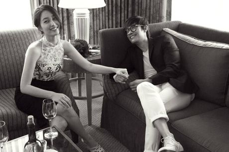 Lee Min Jung bat ngo khoe anh Lee Byung Hun thuo nho - Anh 1