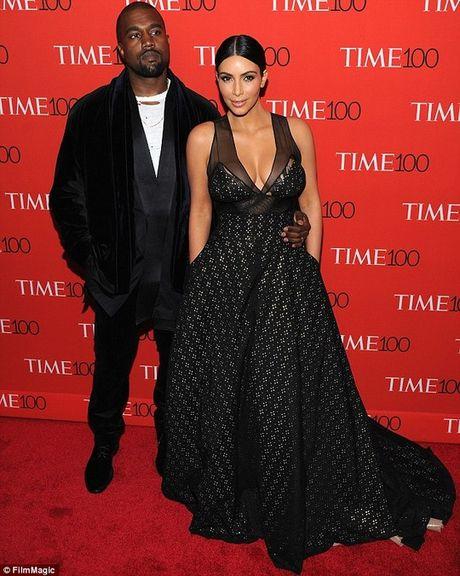 Kim Kardashian bi chia sung cuop o Phap - Anh 2