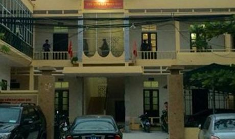 Vien truong Vien kiem sat huyen Quoc Oai bi dam trong thuong - Anh 1