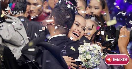 "Video Quan quan Next Top Model Ngoc Chau: ""Khuon mat hoa hau se co cai loi rieng"" - Anh 1"