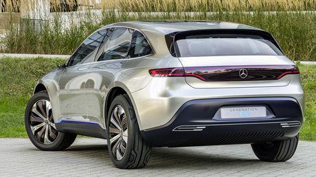 Man nhan voi Mercedes-Benz Generation EQ concept - Anh 7