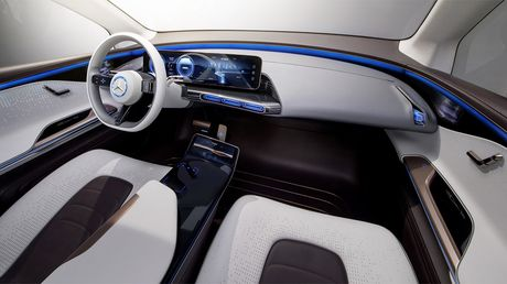 Man nhan voi Mercedes-Benz Generation EQ concept - Anh 8