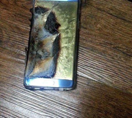 Thu hoi Galaxy Note 7 bi loi: Samsung xin Viet Nam mien thue - Anh 1