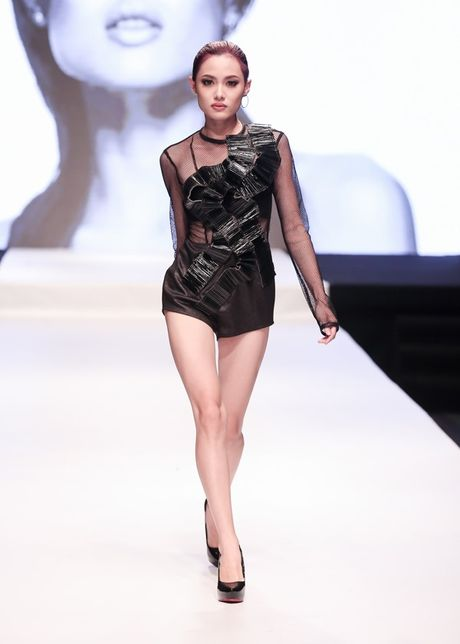 Vietnam's Next Top Model 2016: Pha vo rao can trong an toan - Anh 4