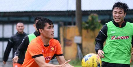 Cong Phuong, Tuan Anh, Xuan Truong de 'trang tay' khi ve nuoc - Anh 1