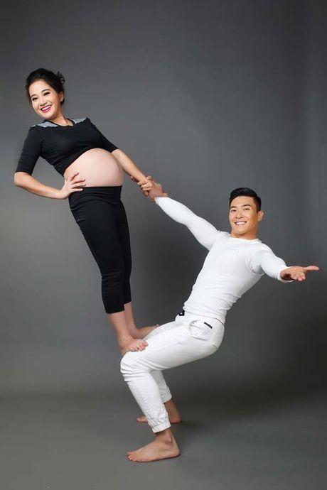 Bau 6 thang, Hong Phuong van mao hiem 'lam xiec' cung chong - Anh 7