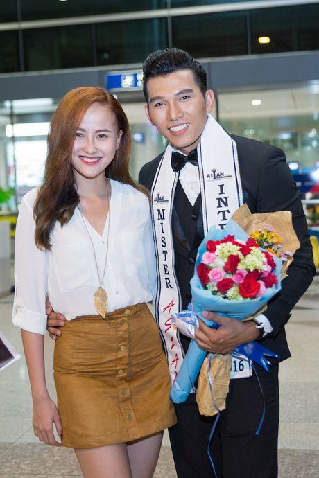 Khanh Ngan The Face tinh tu A vuong Ngoc Tinh o san bay - Anh 6
