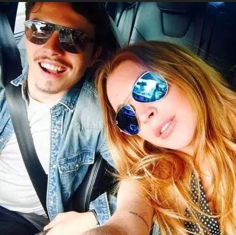 Lindsay Lohan cay dang thua nhan tu mua nhan dinh hon - Anh 2