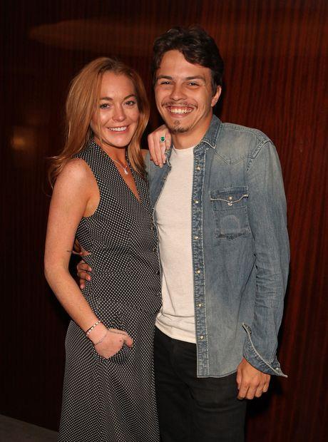 Lindsay Lohan cay dang thua nhan tu mua nhan dinh hon - Anh 5