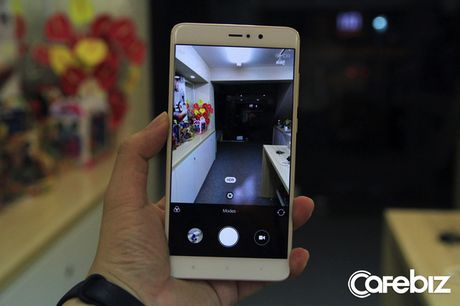 Dien thoai Xiaomi Mi 5s Plus: 2 camera nhu iPhone 7 Plus, nhung gia chi bang mot nua - Anh 7