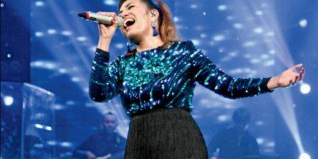 Bao chi Philippines ca ngoi 'Viet Nam Idol' Janice Phuong ngat troi - Anh 1