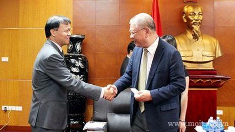 Thu truong Do Thang Hai tiep nguyen CEO Tap doan TAL Group - Hong Kong - Anh 3