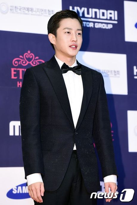 Song Joong Ki van noi ban bat giua 'rung' my nhan goi cam tai tham do APAN 2016 - Anh 19