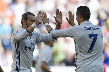 Real Madrid tiep tuc hoa, Gareth Bale thiet lap ky luc - Anh 1