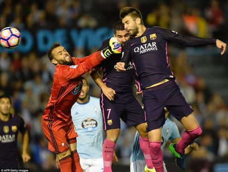 Hang thu choi nhu mo ngu, Barca thua soc Celta Vigo trong tran dau co 7 ban thang - Anh 3