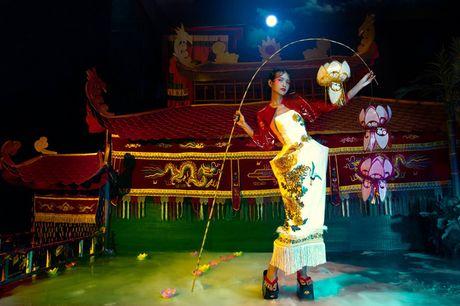 3 lan lam host, Thanh Hang deu chon 'hoa hau' lam Quan quan Next Top - Anh 12
