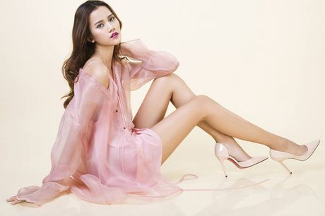 3 lan lam host, Thanh Hang deu chon 'hoa hau' lam Quan quan Next Top - Anh 15