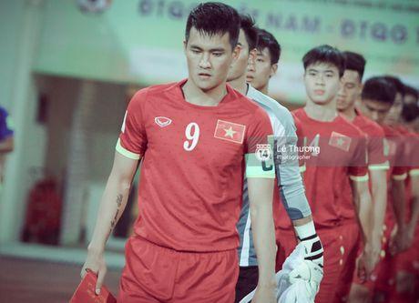 Cong Vinh: 'Chia tay bong da, toi se danh thoi gian cho Thuy Tien va Banh Gao' - Anh 1