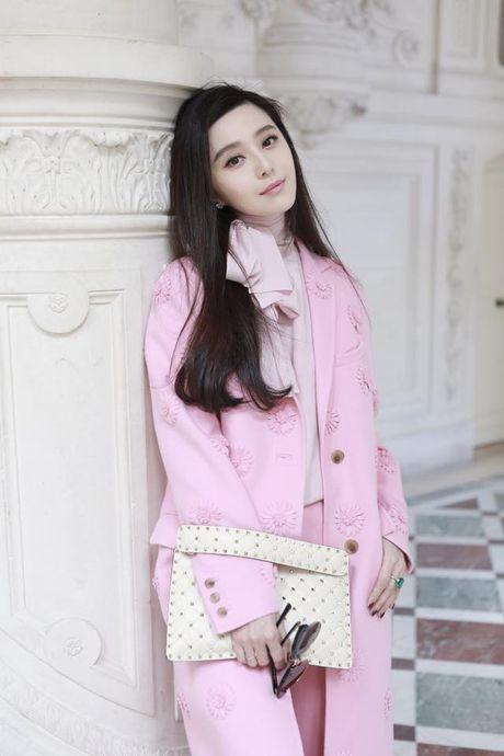 Pham Bang Bang toa sang tai Paris Fashion Week - Anh 2