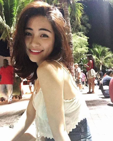 Cuoc song cua Hoa Minzy thay doi the nao sau chia tay ban trai? - Anh 8