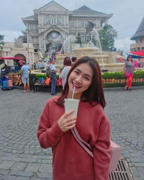 Cuoc song cua Hoa Minzy thay doi the nao sau chia tay ban trai? - Anh 9