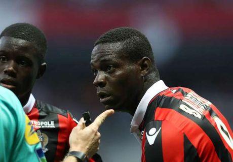 Balotelli co the duoc xoa the do - Anh 1