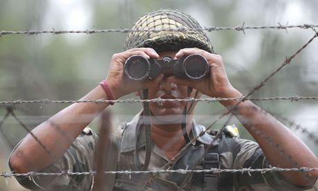 Kashmir tiep tuc thoi bung cang thang - Anh 1