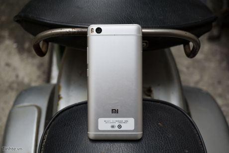 Tren tay Xiaomi Mi 5s voi cam bien van tay sieu am - Anh 10