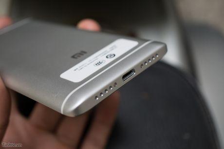 Tren tay Xiaomi Mi 5s voi cam bien van tay sieu am - Anh 13