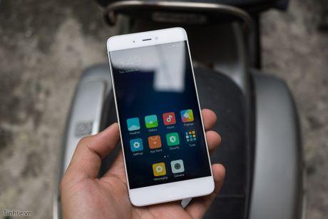 Tren tay Xiaomi Mi 5s voi cam bien van tay sieu am - Anh 14