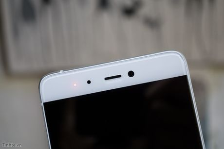Tren tay Xiaomi Mi 5s voi cam bien van tay sieu am - Anh 2