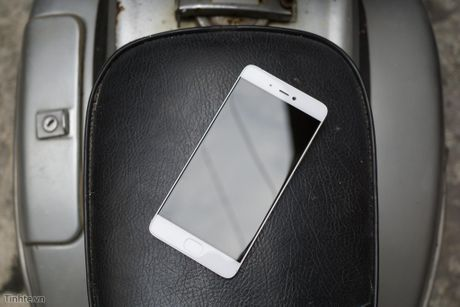 Tren tay Xiaomi Mi 5s voi cam bien van tay sieu am - Anh 5
