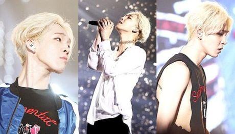 8 idol nam Kpop hut fan ram ram nho chiec co dep - Anh 6