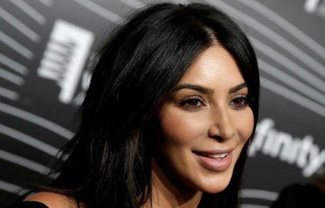Kim Kardashian bi cuop tan cong lay di tai san tri gia hon 200 ty - Anh 1