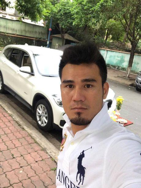 "Gan 1 nam sau khi chia tay vo, Phan Thanh Binh tau ""xe"" tien ty - Anh 1"